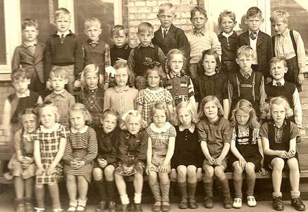 I skole i gamle dage | Sy en lap – strik en maske