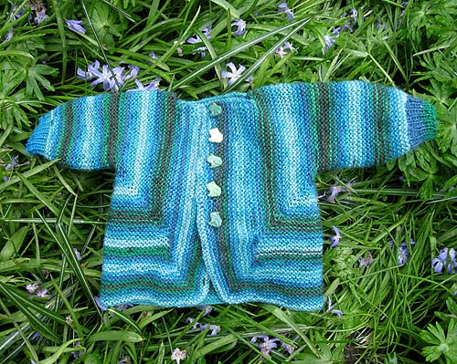 Ah! den er da sød: baby surprise jacket